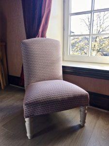 fauteuil de la chambre 8